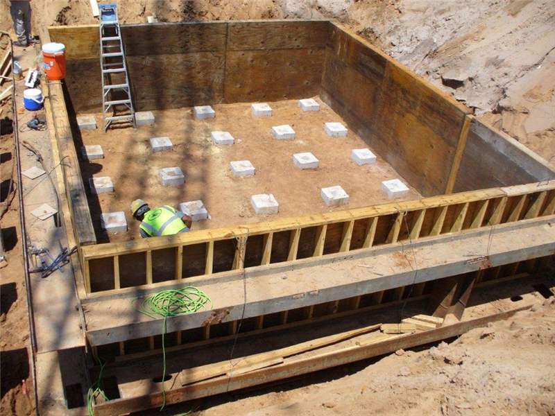 Forms for the footing at Bent No 13, Southbound (May 2011)